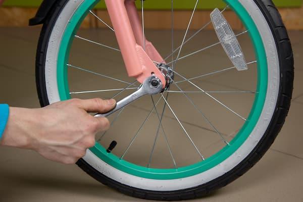 Установка переднего колеса
